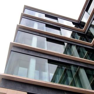 Außenansicht Traumbüro in elegantem Neubau