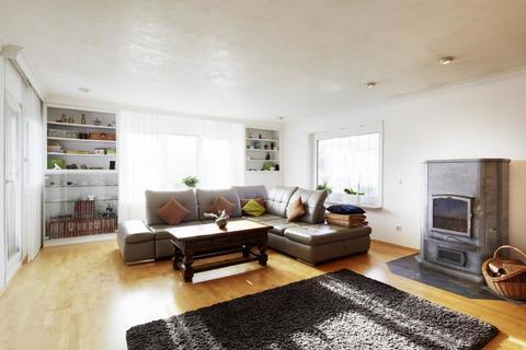 WG50002 Wohnzimmer Stilvolles Anwesen mit unverbaubarem Fernblick...
