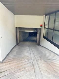 Zufahrt Tiefgarage zwei Tiefgaragenstellplätze in München-Giesing