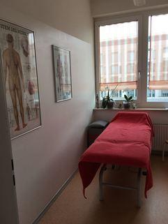 Kabine 1 Voll ausgelastete Praxis/Physiotherapie in Mü-Schwabing