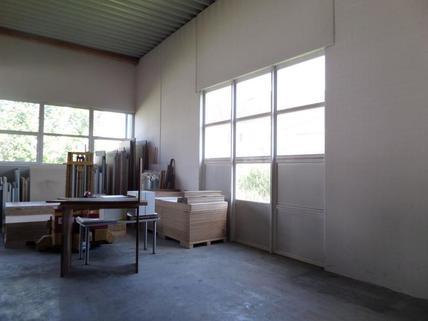 Innenansicht Lager- und Freiflächen frei verfügbar