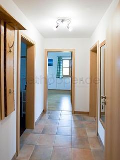 Bild 7 FLATHOPPER.de - Hochwertige 2-Zimmer-Wohnung mit Südbalkon und Bergpanoramablick- Egling