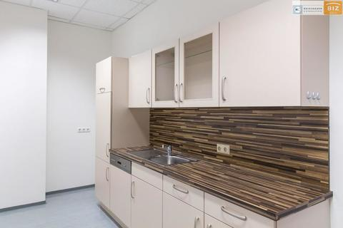 Küche extra Raum 3-Raum Büro mit Klima und Küche im BIZ-Wels, TOP 1S17