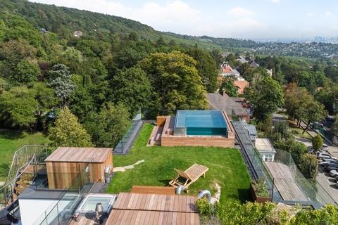Pool mit Blick auf Wien ON TOP OF VIENNA - Penthouse mit Infinity-Pool und Blick über ganz Wien!