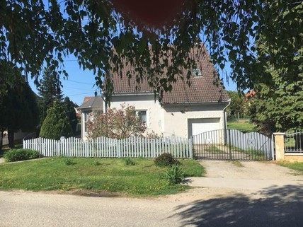 PH0263_mvc-001f.jpg Luxuriöses Einfamilienhaus in Ungarn zu verkaufen