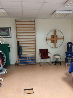 Gymnastikraum Voll ausgelastete Praxis/Physiotherapie in Mü-Schwabing