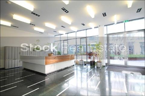 Eingangsbereich STOCK - PROVISIONSFREI - Moderne Architektur in der Parkstadt Schwabing