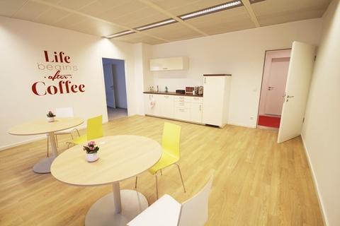 Musterbüro Teeküche STOCK - PROVISIONSFREI - toller Weitblick