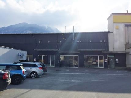 Nordansicht_bearbDSt (Large) Verkaufs- und Ausstellungsflächen in Schwaz