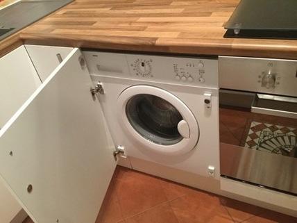 integrierte Waschmaschine Liebevoller Garten in Karlsfeld: 3,5 Zimmer Whg. über 2 Etagen