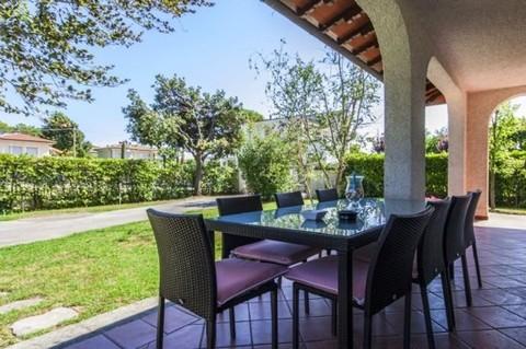 N60550082_mvc-001f.jpg Villa Apuana - Zweifamilienhaus Meernähe