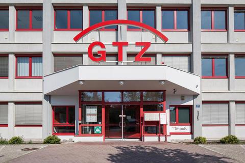 Aussenansicht10 Schönes möbliertes 3-Raum Büro mit Küche und Archiv im GTZ-Wels, TOP 81