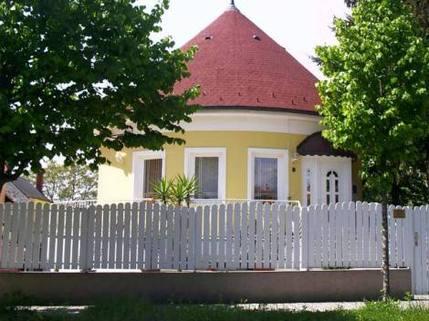 N10680010_mvc-001f.jpg Stillvolles Einfamilienhaus in Bad Hévíz
