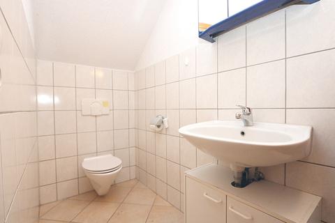 Das Badezimmer im Gewerbebereich Kapitalanleger aufgepasst! Lukratives Wohn- und Geschäftshaus  im Zentrum der Warbelstadt Gnoien!