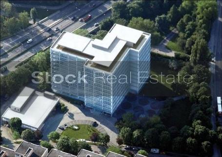 Fassade STOCK - Penthouse mit Alpenblickgarantie