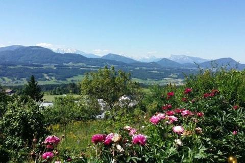 Aussichten bis weit ins Land hinein NATURSCHÖNHEIT!<br /> Traumhaus mit Bergblick<br /> - 20 Min. in die Stadt Salzburg!
