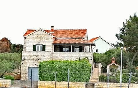 PHR0094_mvc-001f.jpg Kroatien, Insel Brac TOPLAGE Haus am Meer