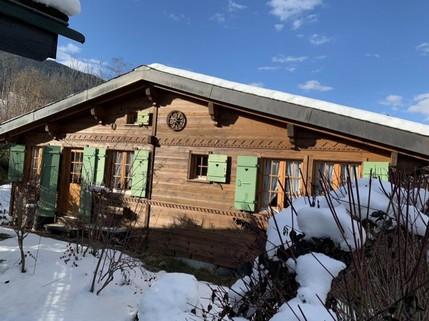 PCH0113_mvc-001f.jpg Liebhaber Chalet mit Grundstück in Gstaad zu verkaufen