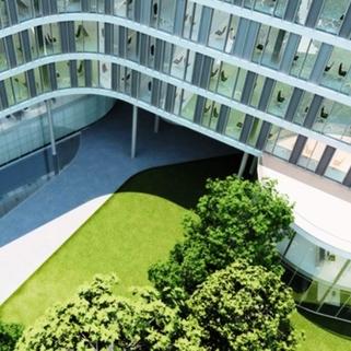 Innenhof Formvollendete Büros in elegantem Neubau