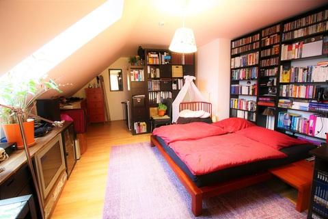 Gemütliche Zweisamkeit im Schlafzimmer Wohnen im Herzen des Weltkulturerbes