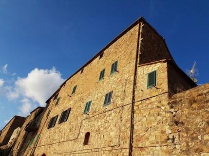 PI0320_mvc-001f.jpg Rarität: 150 m² Wohnung mit Blick über die Toscana