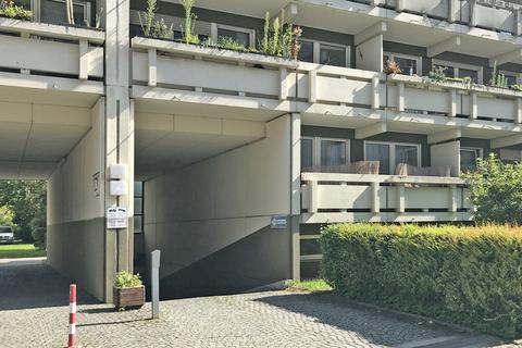 Einfahrt Oberer Duplexstellplatz zwischen Westpark und Harras