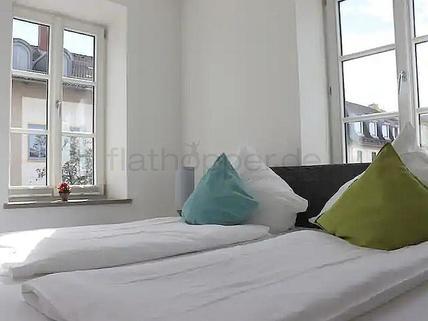 Bild 4 FLATHOPPER.de - Gemütliche 2-Zimmer-Wohnung mit Balkon in Bad Aibling