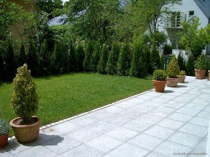 Terrasse Haus im Haus mit Altbaucharme und Gartenanteil - komplett renoviert - schöne Lage / Menterschwaige