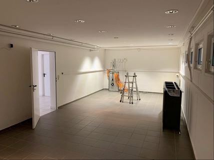 Lagerfläche im UG Bürogebäude Ideale Kombination aus Gewerbe und Wohnen