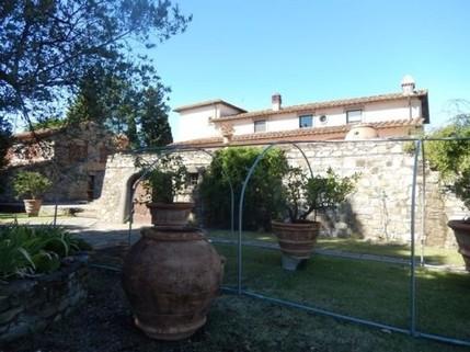 N60550148_mvc-001f.jpg Anwesen mit Pool und Olivenbäumen