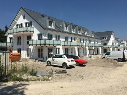 Haus A  B C Erstbezug: 3-Zi-Wohnung 1. OG, Balkon + exkl. Marken-Einbauküche!