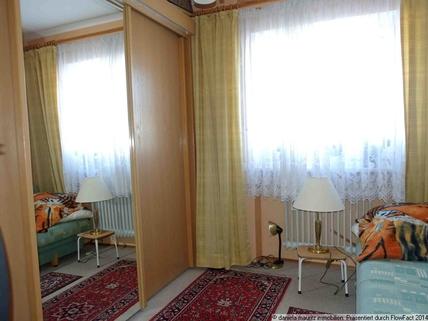 Weiteres Zimmer Ansprechende Terrassenwohnung mit drei Zimmern in ruhiger Lage