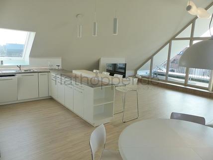 Bild 5 FLATHOPPER.de - Exklusive, lichtdurchflutete 3,5-Zimmer-Dachgeschoss-Wohnung mit Dachterrasse in St
