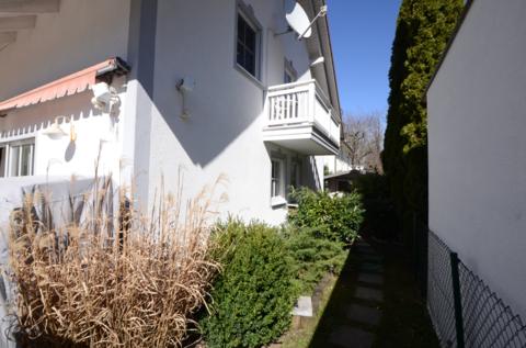 Balkon Waldtrudering: Gepflegte Doppelhaushälfte, absolut ruhig gelegen
