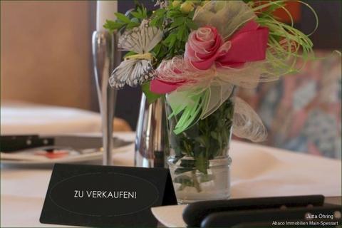 Titelbild_ZU VERKAUFEN Wohnen – Feiern – Essen! <br /> -Mit diesem Anwesen verwirklichen Sie sich selbst!