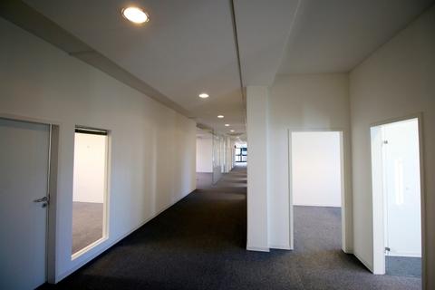 Flur STOCK - PROVISIONSFREI - Schöne, neuwertige Büros in Ismaning