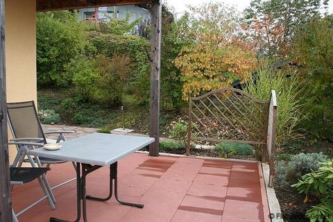 Bild 5 FLATHOPPER.de - Idyllisch gelegene 2-Zimmer Wohnung mit Terrasse und Garten sowie Parkplatz in Bad