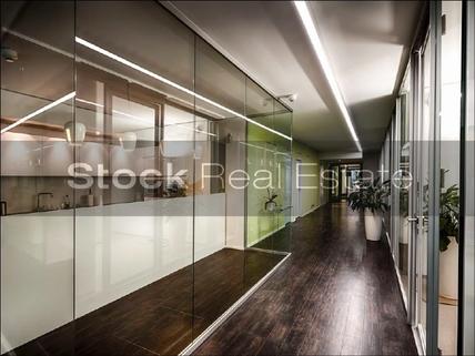 Flur_prot STOCK - Büros für höchste Ansprüche