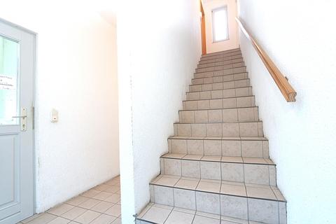 Treppenhaus zu den Wohneinheiten 2. Kapitalanleger aufgepasst! Lukratives Wohn- und Geschäftshaus  im Zentrum der Warbelstadt Gnoien!