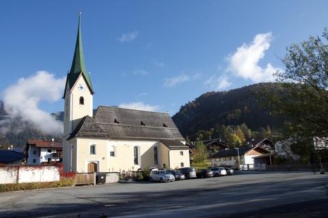 Bild 2 FERIEN(T)RÄUME AM SEE: Schmuck möblierte Wohnung in Walchsee / Tirol