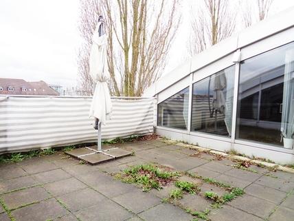 Terasse STOCK - Bürofläche mit Blick Unterschleißheim