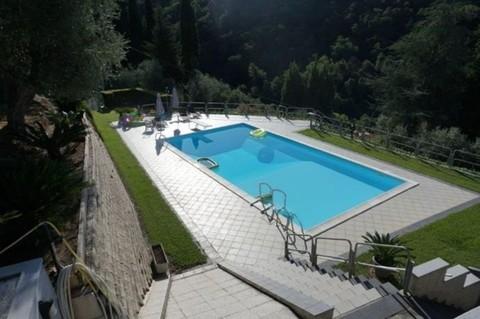 N60550100_mvc-001f.jpg Villa auf 3 Ebenen mit Meerblick und Pool