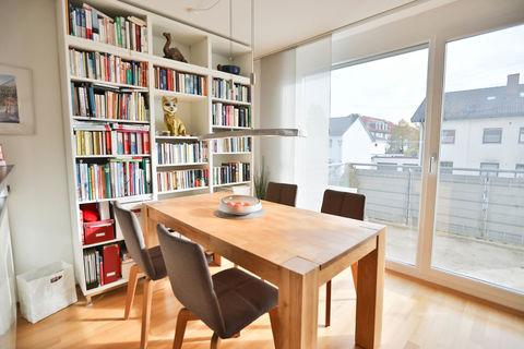 Essbereich **Helle und moderne 3 - Zimmer - Wohnung mit sonnigem Balkon zum Wohlfühlen**
