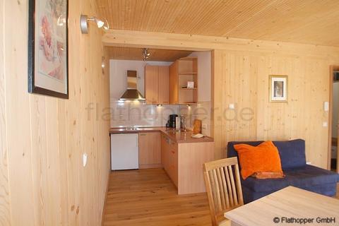Bild 3 FLATHOPPER.de - Gemütliches Apartment mit  Terrasse im Holzhaus - Baiernrain bei Otterfing