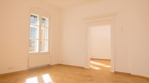 Wohnzimmer Wohnjuwel im Herzen von München