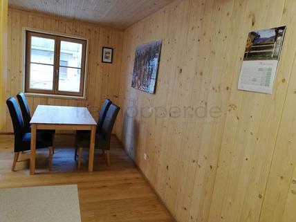 Bild 2 FLATHOPPER.de - Gemütliches Apartment mit Terrasse im Holzhaus - Baiernrain bei Otterfing