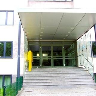 Eingangsbereich STOCK - Attraktive Bürofläche in Neuhausen!