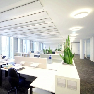 Innen3 Formvollendete Büros in elegantem Neubau