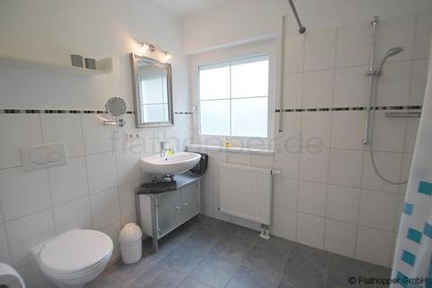 Bild 4 FLATHOPPER.de - Mitten im Grünen: 2-Zimmer-Wohnung mit Terrase, Garten und Parkplatz in Bad Endorf