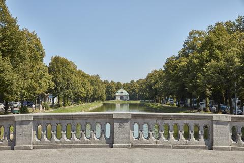 Nymphenburger Schlosskanal Erstbezug: Gartenwohnung mit 4 Zimmern und Hobbyraum